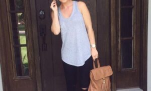 12 Comfy Leggings outfit for spring