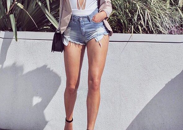 30 Stylish ways to wear High waisted shorts this summer